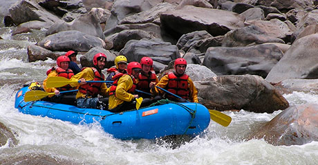 Canotaje en el rio Vilcanota