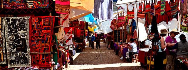 Mercado Artesanal de Pisaq